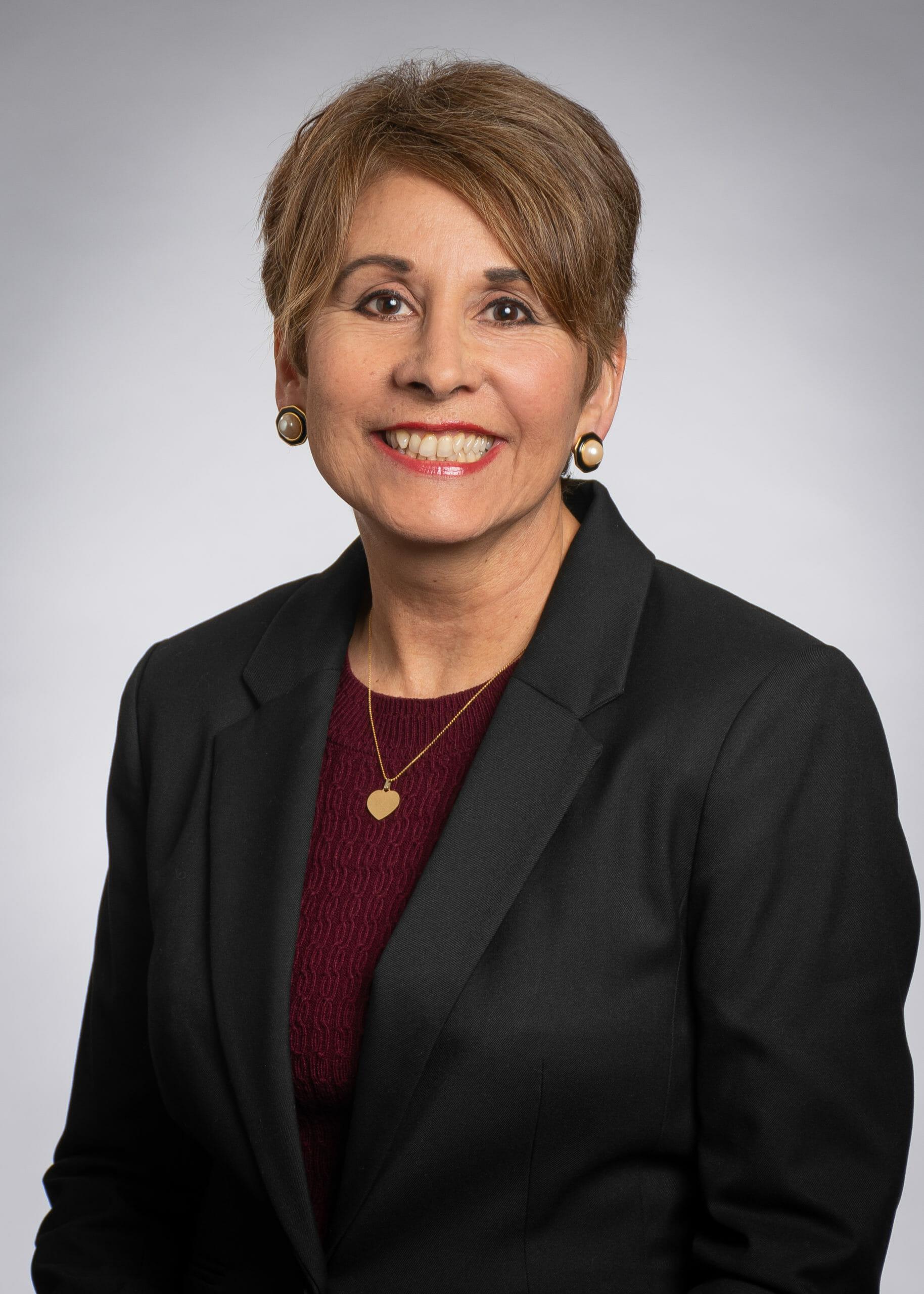 Headshot of Cynthia Vermillion