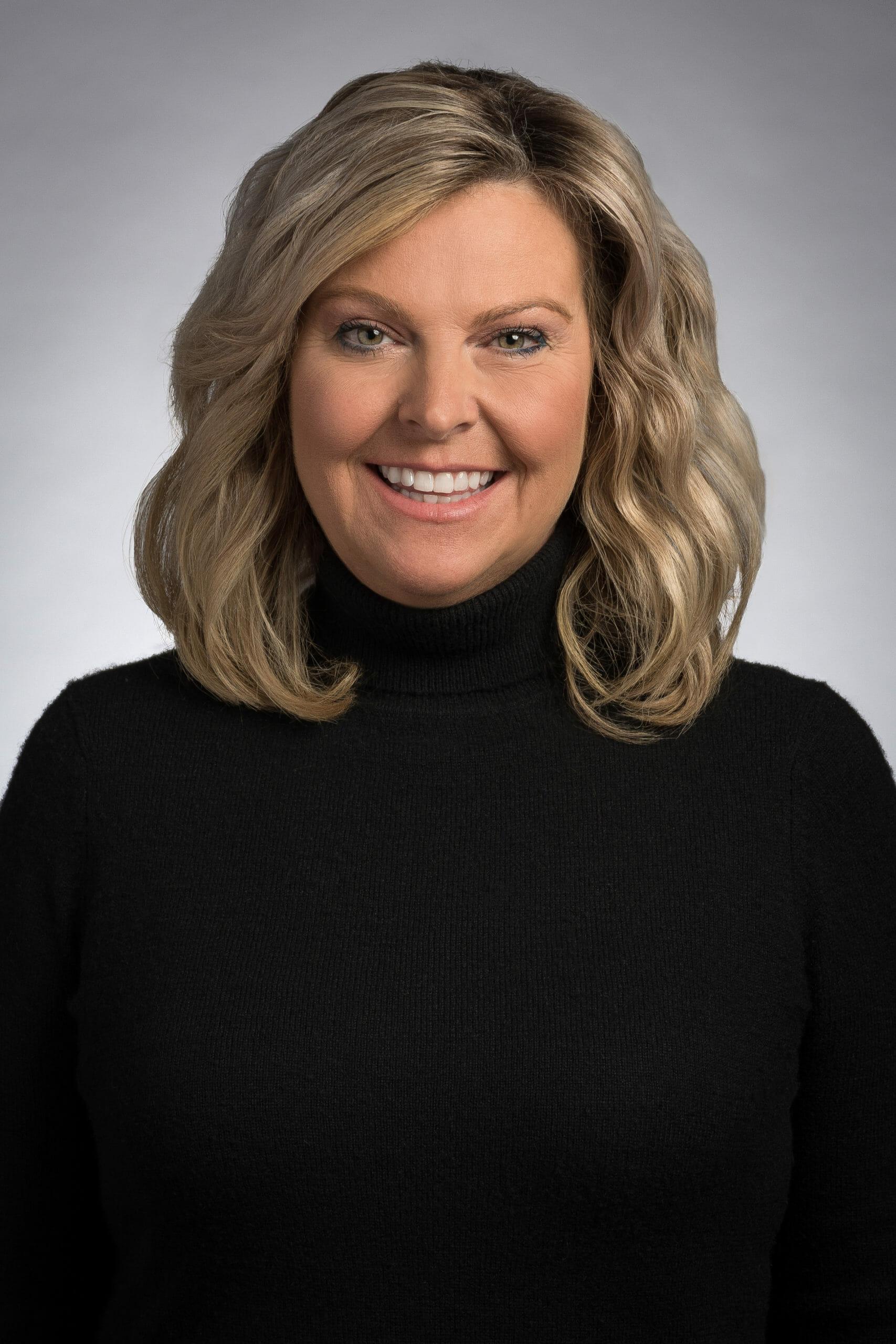 Headshot of Kelly McGivern